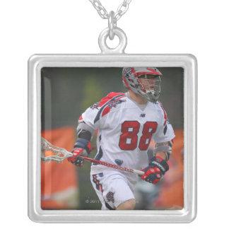 HAMILTON KANADA - AUGUSTI 06: Max Quinzani #88 Silverpläterat Halsband