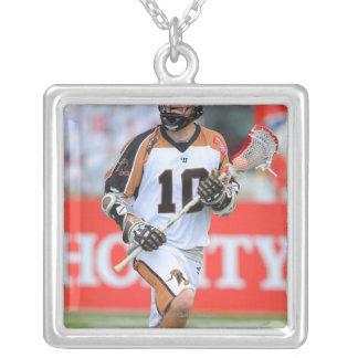 HAMILTON KANADA - JUNI 25: Jordanien McBride #10 3 Silverpläterat Halsband