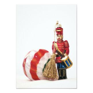 Handelsresandepojke och julboll 11,4 x 15,9 cm inbjudningskort