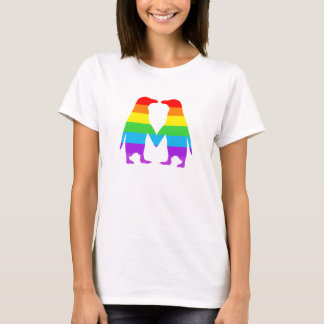 Händer för regnbågepingvininnehav t-shirt