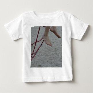 hängande sand för lekplats för fot för t-shirts