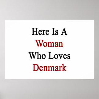 Här är en kvinna som älskar Danmark Affisch