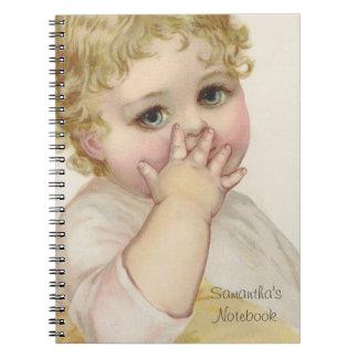 Härlig baby illustration för kyssvintage anteckningsbok med spiral