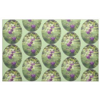 Härlig botanisk skönhetbärskogsmark tyg