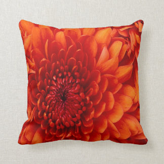 Härlig Chrysanthemun MoJo dekorativ kudde