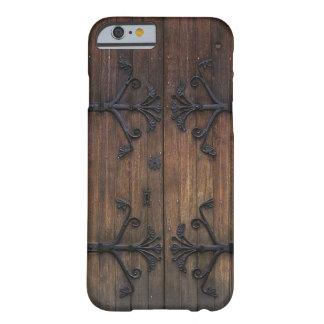 Härlig gammal trädörr barely there iPhone 6 skal