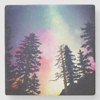 Härlig glänsande natthimmel upp till himmlarna underlägg sten