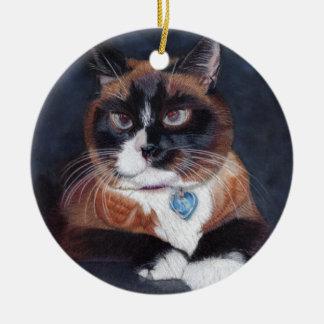 Härlig katt rund julgransprydnad i keramik