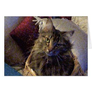 Härlig kattunge för TabbyMaine Coon i en basket Hälsningskort