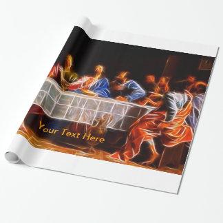 Härlig kristen som slår in papper (3 presentpapper
