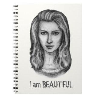 Härlig kvinna. Rita teckningar Anteckningsbok
