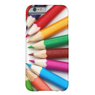 Härlig mångfärgad färg ritar mönster barely there iPhone 6 skal