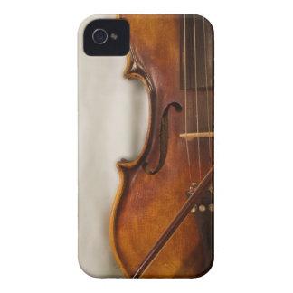 Härlig musik--Fiol iPhone 4 Case-Mate Skal