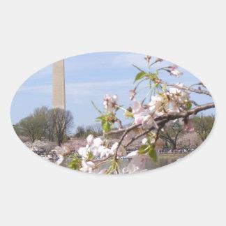 Härliga gåvor för Washington monument Ovalt Klistermärke
