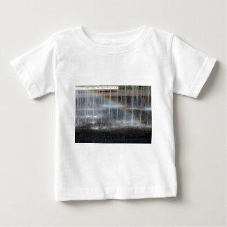 Härligt och vått tee shirts