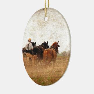 Häst drivit fältarbete julgransprydnad keramik
