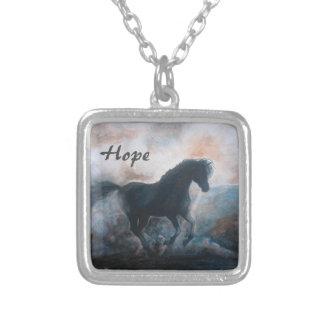 """Häst i smyckena för dimma""""hopp"""" halsband"""