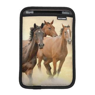 Hästar i solnedgång sleeve för iPad mini