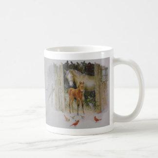 hästar i vinter kaffemugg
