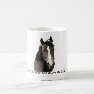 Hästar lånar oss vingen som vi saknar kaffemuggen kaffemugg