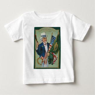 Hästsko för irländsk flagga för amerikan för Uncle Tee Shirt