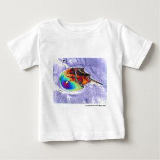 Hästskokrabban omkullkastar design t shirt