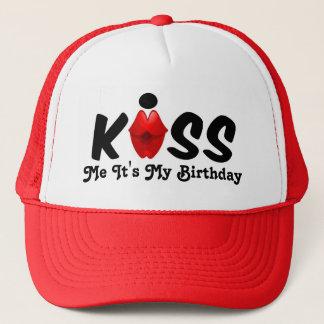 Hatten kysser mig som den är min födelsedag truckerkeps