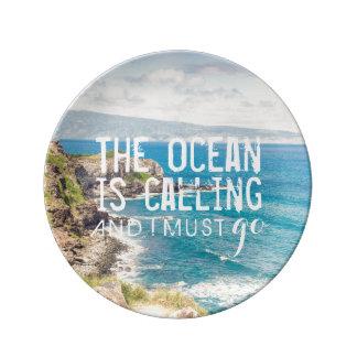 Hav kallar - Maui kusten keramisk | pläterar Porslinstallrik
