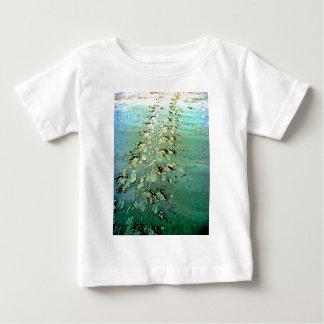 Havssköldpaddan spårar den begynna T-tröja T Shirts