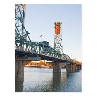 Hawthorne överbryggar den Portland dagen Vykort