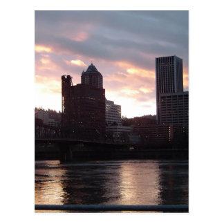 Hawthorne överbryggar Portland horisont Vykort