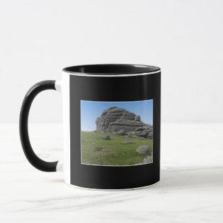 Haytor. Stenar i Devon England. På Black.