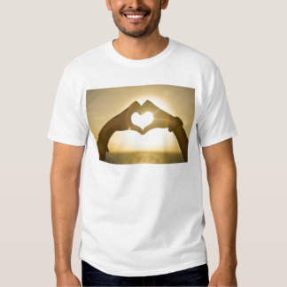 heart-642068. HJÄRTA RÄCKER SOLNEDGÅNGFOTOGRAFI T Shirts