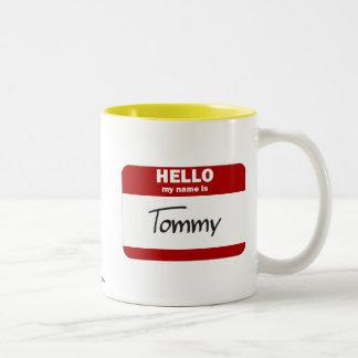 Hejen mitt namn är (röda) Tommy, Två-Tonad Mugg