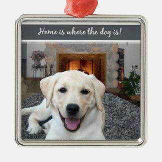 Hemmet är var hunden är julgransprydnad metall