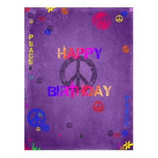 Hippiegrattis på födelsedagenvykort i lilor vykort