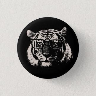 Hipstertiger med exponeringsglas mini knapp rund 3.2 cm