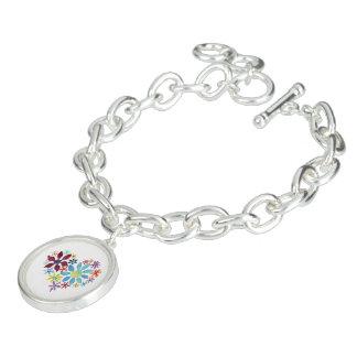 Hjärta av blommor berlockarmband