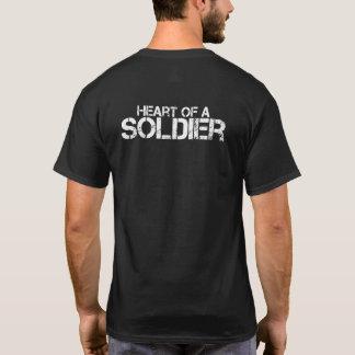 Hjärta av soldaten t-shirts