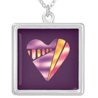hjärta för kärlek för för 80-talstilrosor och silverpläterat halsband