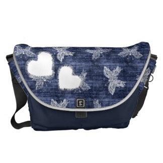 Hjärta och den sönderrivna budbärare för kurir väskor