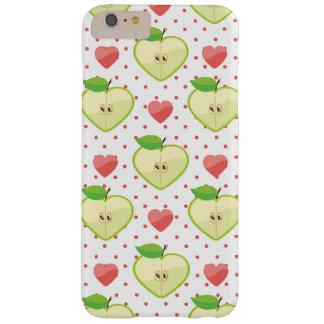 Hjärtaäpplen med rosa polka dots och hjärtor barely there iPhone 6 plus skal