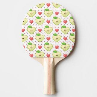 Hjärtaäpplen med rosa polka dots och hjärtor pingisracket