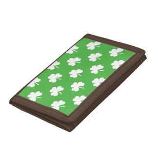 Hjärtformade klöver för vit på gröna St Patrick