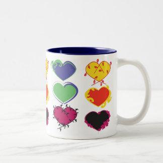 Hjärtor, hjärtor och mer hjärtamugg Två-Tonad mugg