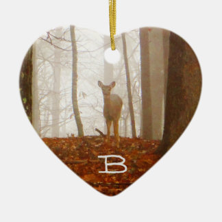 Hjort i misten, skräddarsy: känd text eller hjärtformad julgransprydnad i keramik