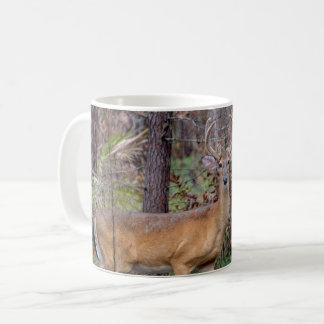 Hjort i skogen kaffemugg