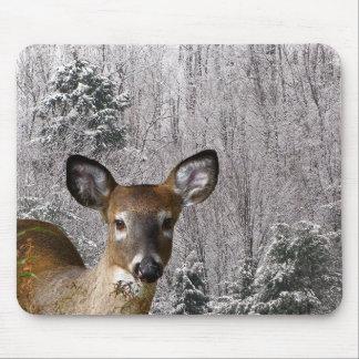 Hjort och frostiga backar musmatta