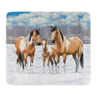 Hjortläderen målar hästar i snö