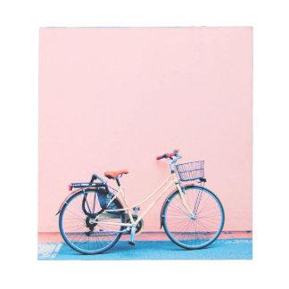Hjul för cykel för basket för blåttrosacykel anteckningsblock
